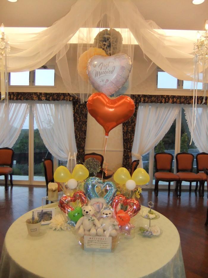 結婚式のウエルカムゲートを華やかにすると、ゲストのみなさんは特別な一日の始まりを予感しウキウキ❤な気持ちになります!